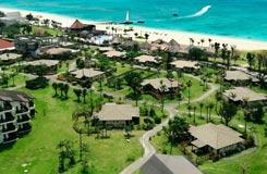 <10-11月出発>大自然に囲まれたコテージタイプのリゾート。レンタカー&朝食付!オクマプライベートビーチ&リゾート(パームコテージ)2泊3日